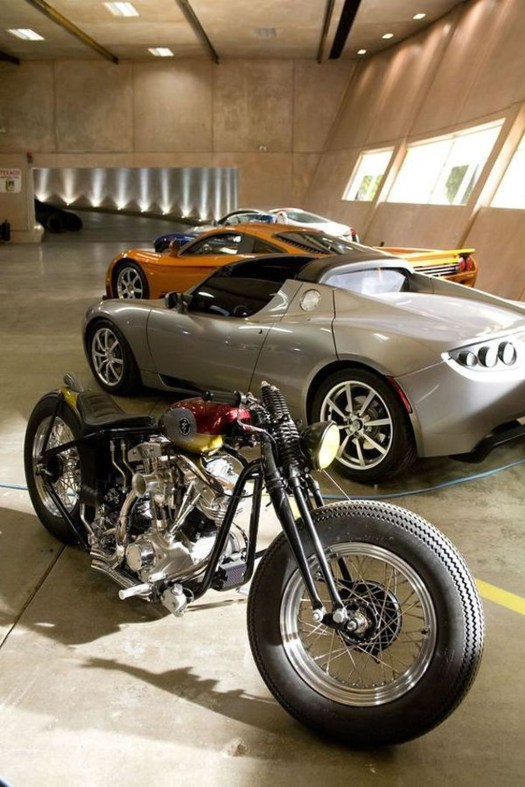 Graceful Car Garage Design Ideas For Your Home 16