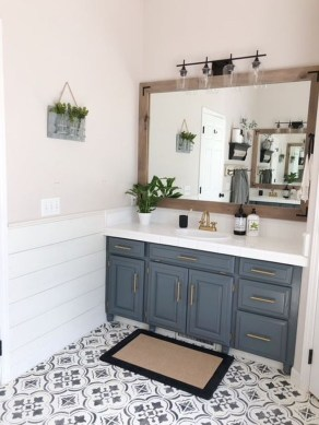 Newest Bathroom Mirror Decor Ideas To Try 42