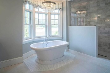 Smart Cape Cod Bathroom Design Ideas For You 05