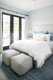 Top Blue Master Bedroom Design Ideas That Looks Great 49