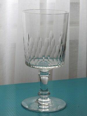 verre à vin taille eau