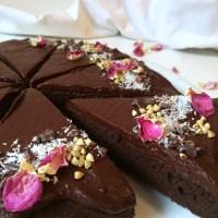 Veganska čokoladna torta (brez glutena, brez laktoze)