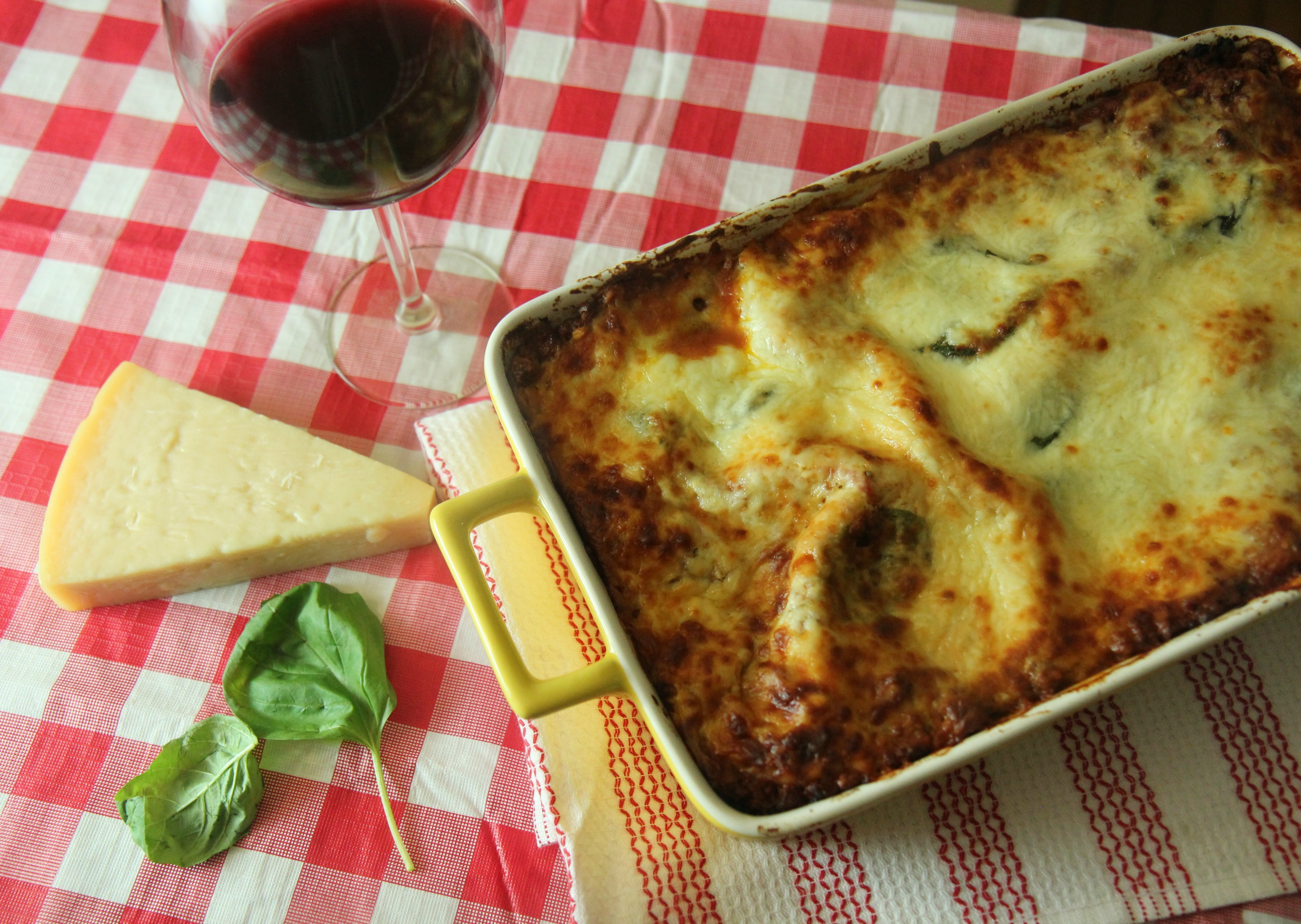 This was the BEST lasagna I've ever made! This is an easy recipe, perfect for beginners or anyone who loves a delicious lasagna!