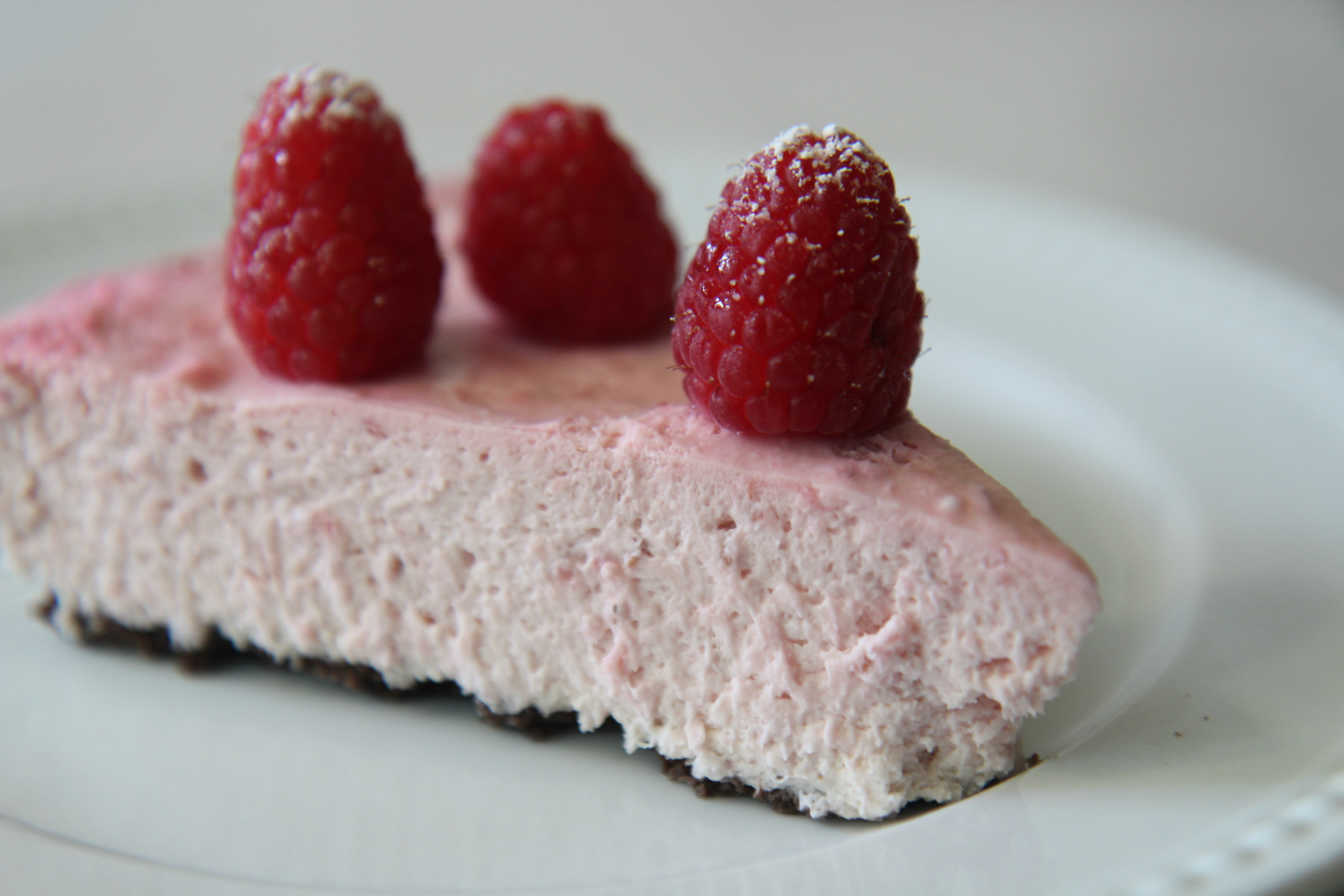No Bake White Chocolate Raspberry Tart | Cooked by Julie