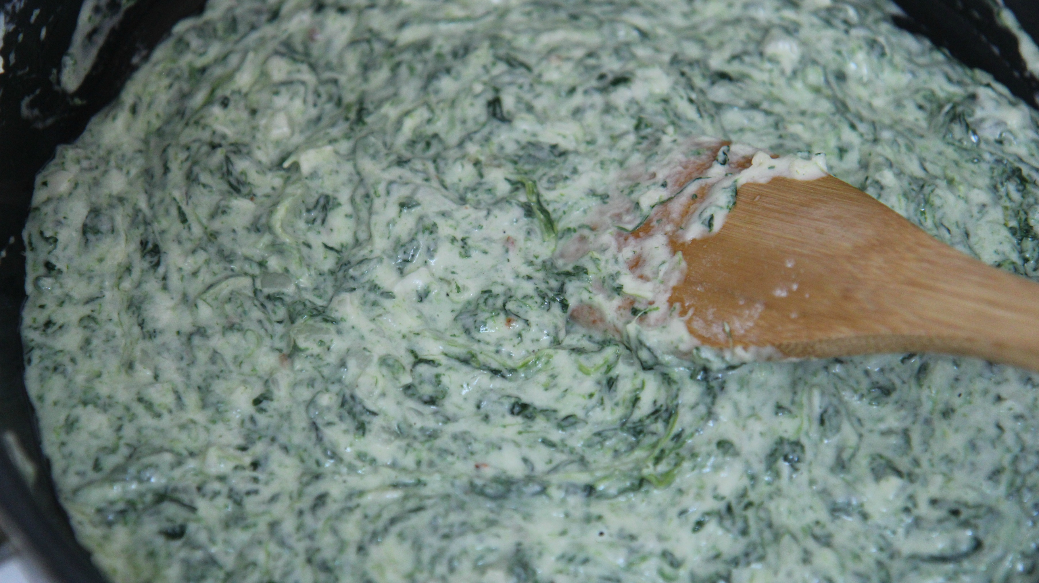 A delicious creamy mix of milk, cream cheese, and spinach makes this recipe super easy and fool-proof!