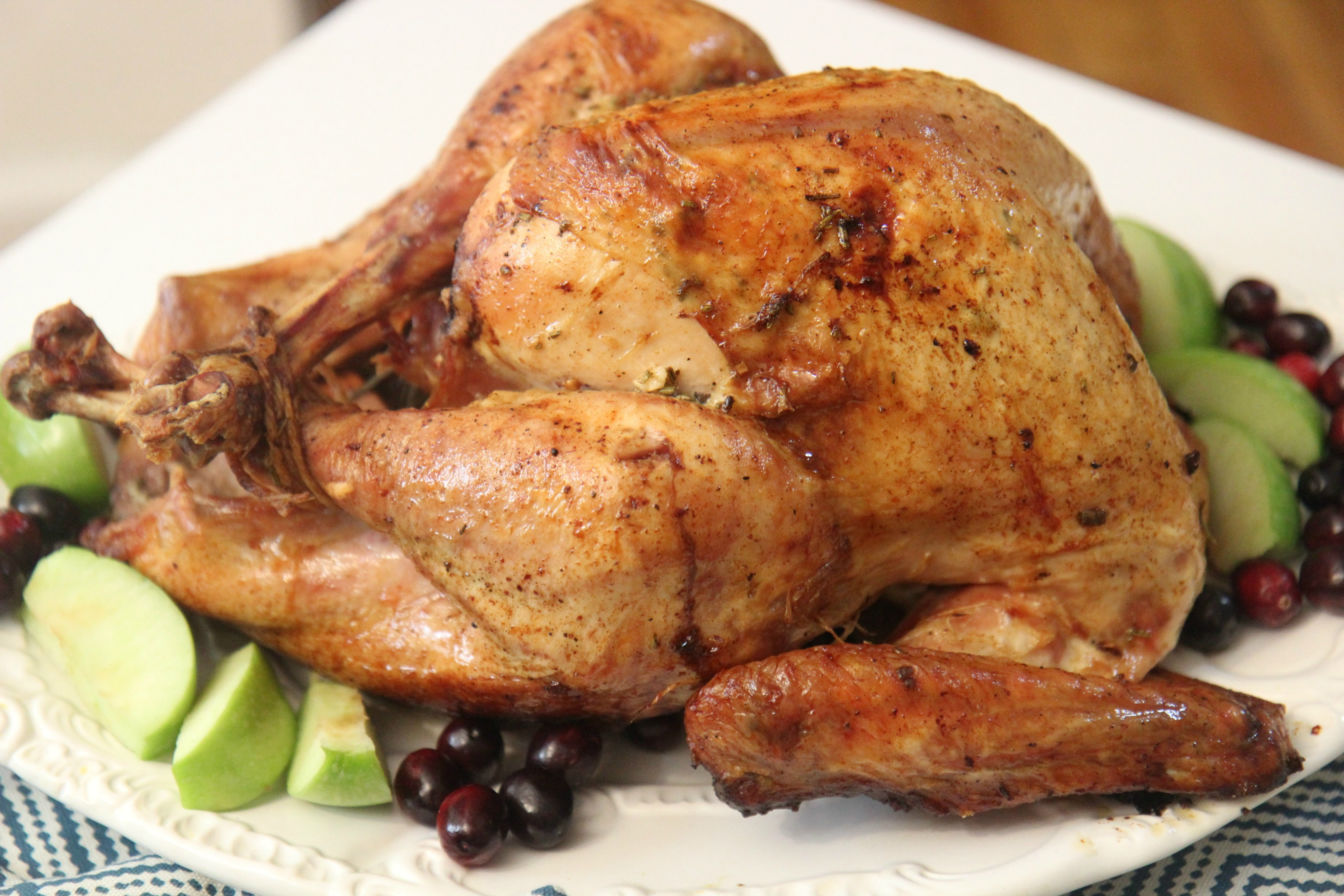 Crisp skin and tender, juicy meat makes this roaster turkey recipe the perfect Thanksgiving dinner.
