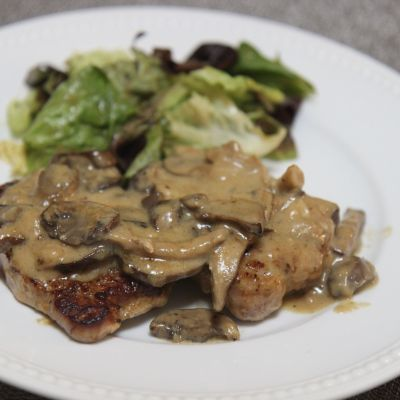 Creamy Garlic Pork Chops