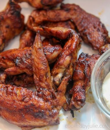 bbq chicken wings with bleu cheese dressing
