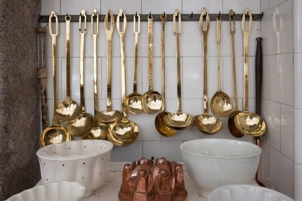 golden-apps-kitchen