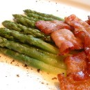 Buttered asparagus spears