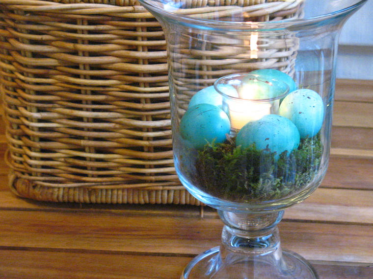 A Spring Decoration: Robin Easter Eggs