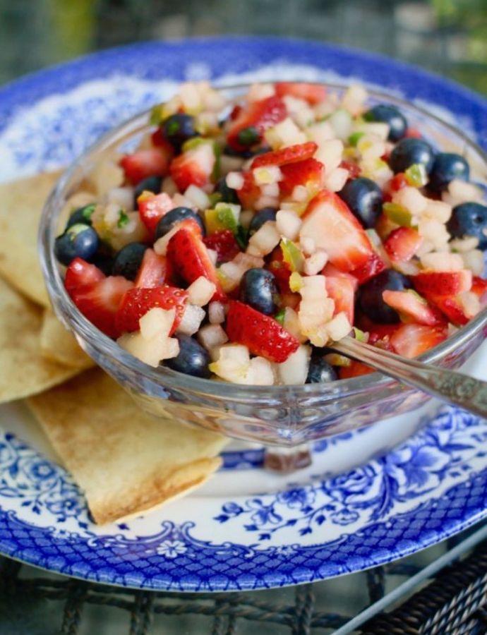 Red, White, and Blue Salsa With Baked Cinnamon Tortilla Chips