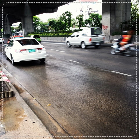 uber-thailand-review-taxi-good-bad-price-rate-honda-accord-how-to-grab