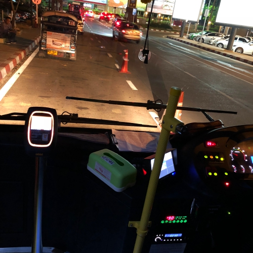 chiangmai-cm-transit-airport-bus-free-review-maps-route-to-city-fare-20-baht-nimman-stop-central-night