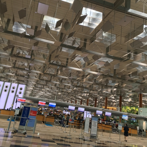 checkin-singapore-changi-airport-world-best-2018-why-review-shop-24-hours