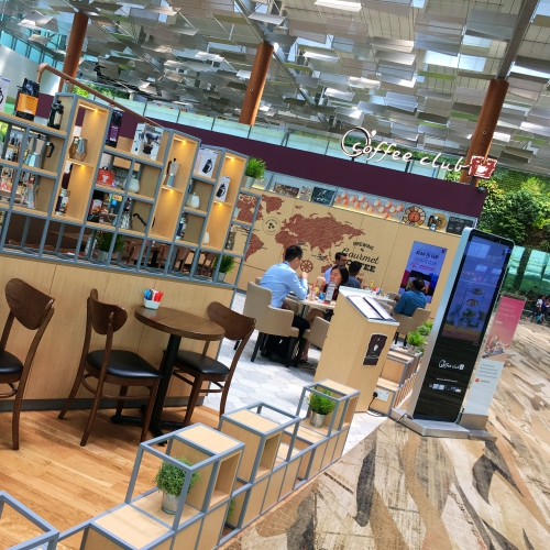 coffee-club-singapore-changi-airport-world-best-2018-why-review-shop-24-hours