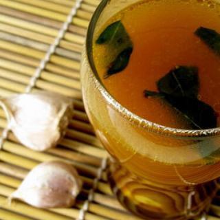 Garlic Rasam / Poondu Rasam Recipe