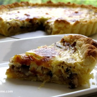 Golden Onion Mushroom Quiche Recipe – Easy Quiche Recipes