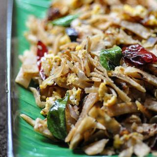 Kothu Roti – Egg Kothu Chapathi Recipe – Quick Indian Snacks