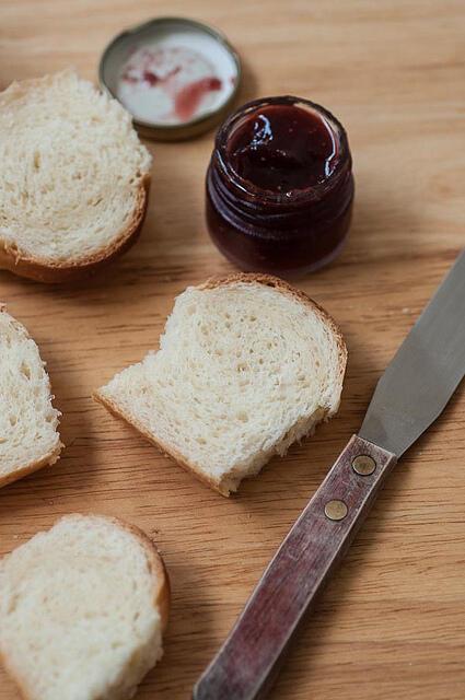 Hokkaido Milk Bread - Soft Bread Recipe (Tangzhong Method)