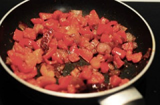 red capsicum chutney-red bell pepper chutney-4