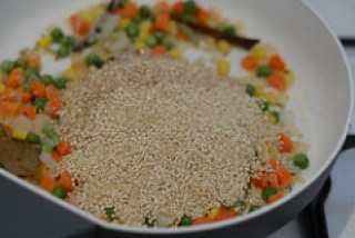 quinoa vegetable pulao-indian quinoa recipes-5