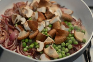 mushroom peas masala dry recipe-2
