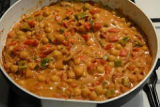 chana capsicum curry recipe-10
