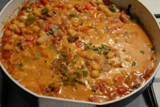 chana capsicum curry recipe-9