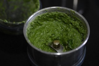 how to make walnut basil pesto recipe-5