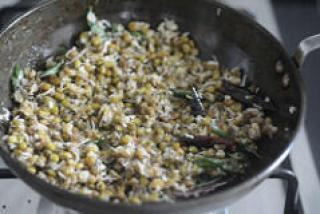 green gram sundal pachai payaru sundal recipe-12