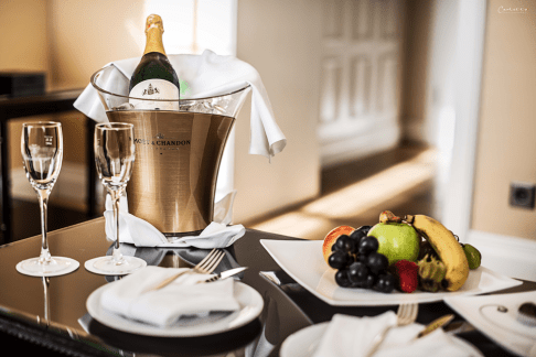 Champagnerempfang in der Turmsuite