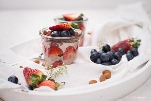 Beeren Trifle im Glas