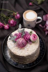 Vanilletorte mit Cappuccino Buttercreme