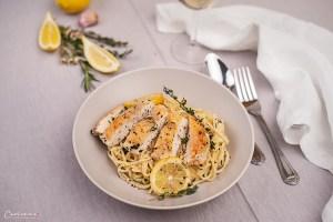 Zitronen Spaghetti mit Hühnerbrust und Sellerie
