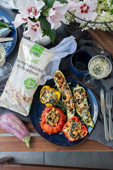 Gefülltes Gemüse und Land-Leben Bio Dinkel Sommerbrösel
