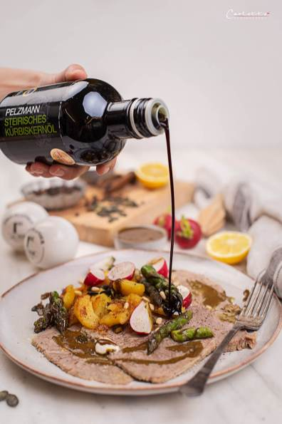 Tafelspitz Carpaccio mit Kürbiskernöl