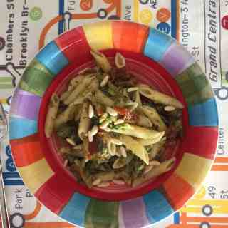 organic cooking class: penne, broccoli and sun-dried tomatoes