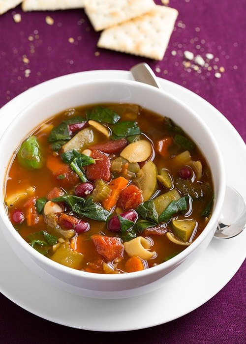 Slow Cooker Olive Garden Minestrone Soup Copycat | Cooking Classy