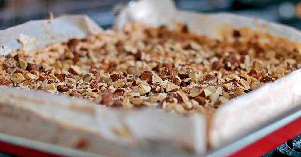 glutenfri havregrynskage marengs opskrift
