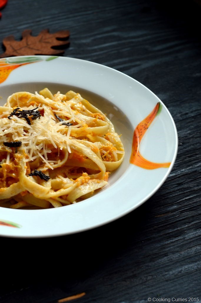 Fettucine with Butternut Squash Alfredo - Fall Recipe, Thanksgiving Recipe, Vegetarian, Pasta Recipe - Cooking Curries (3)