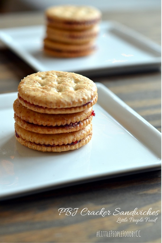 PBJ Cracker Sandwiches