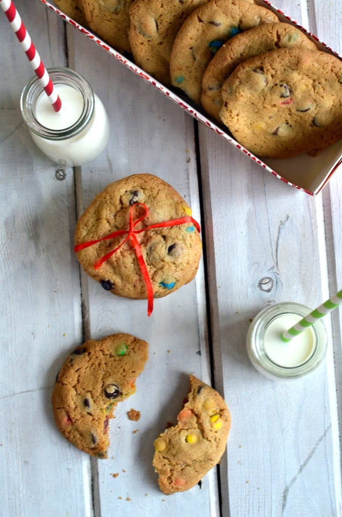 Chocolate Chip MnM Cookies - Christmas Cookies, Holiday Cookies - Cooking Curries (5)