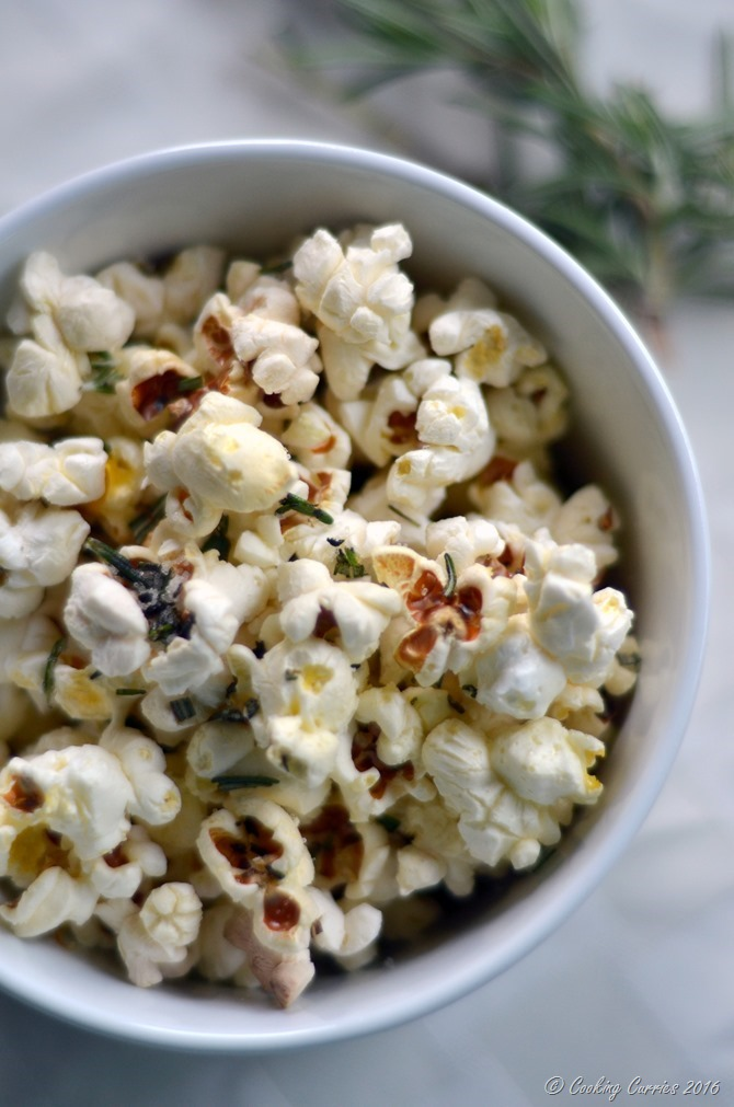 Truffle Rosemary Popcorn - Gluten Free, Vegan - Kid Friendly Snack - www.cookingcurries.com