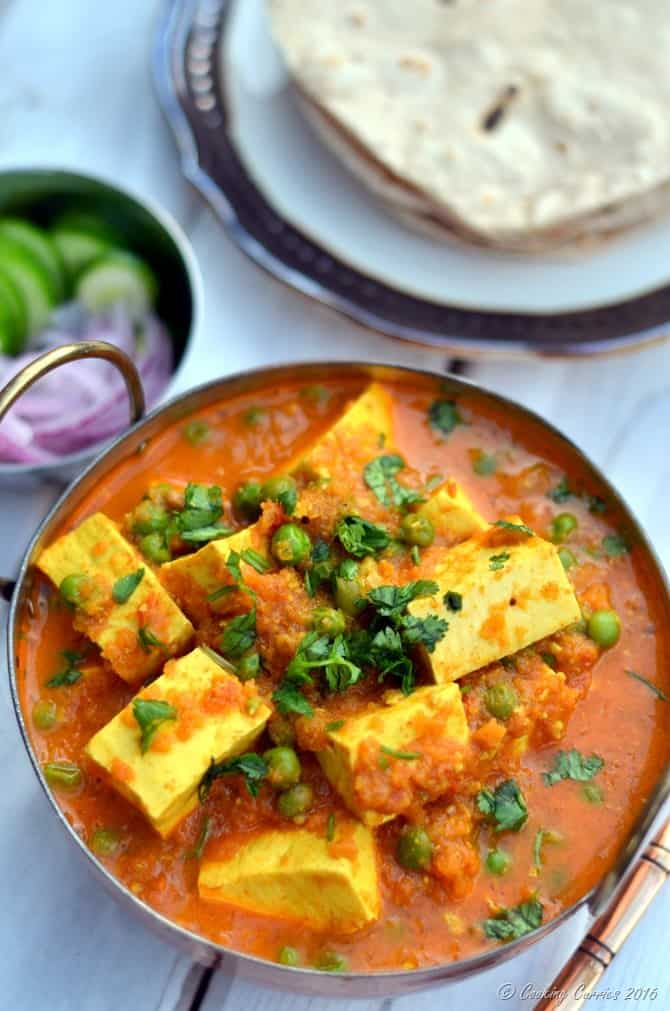 Matar Paneer - Paneer and Green Peas in a Spiced Tomato Sauce - www.cookingcurries.com (5)
