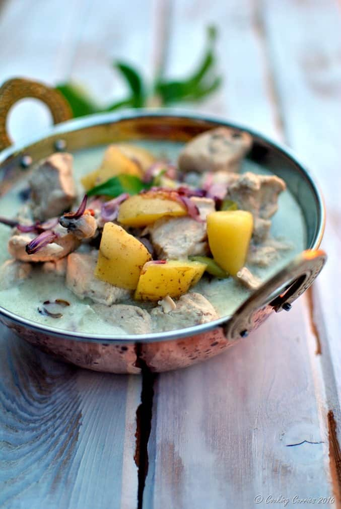 Kerala Style Chicken Stew in Coconut Milk - Chicken Ishtoo -www.cookingcurries.com (5)