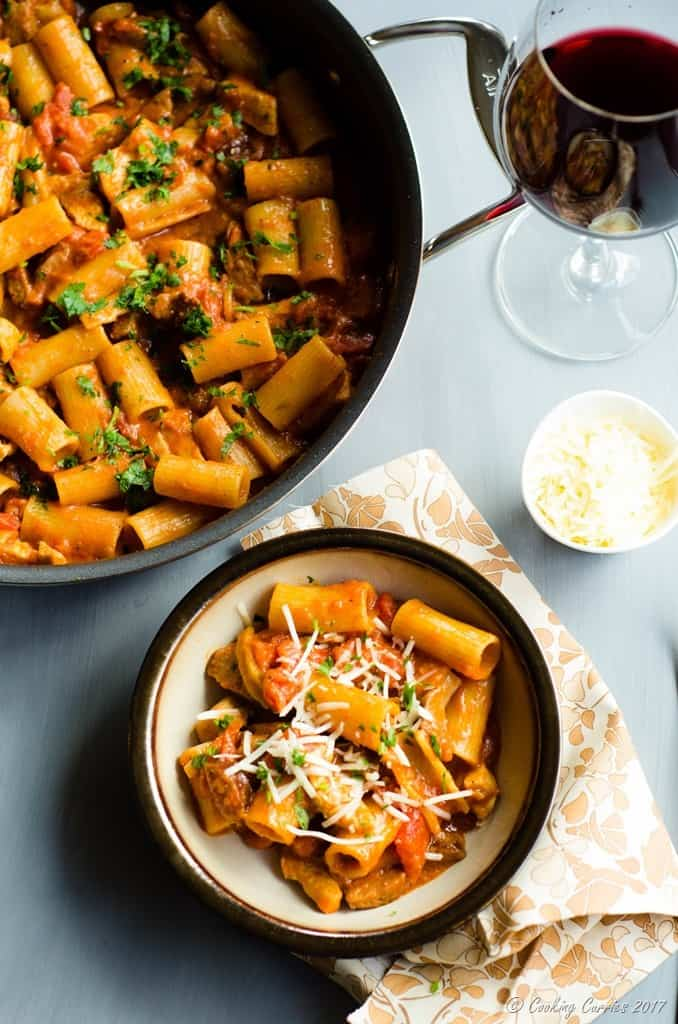 One-Pot Spicy Chicken and Chorizo Rigatoni (2 of 6)