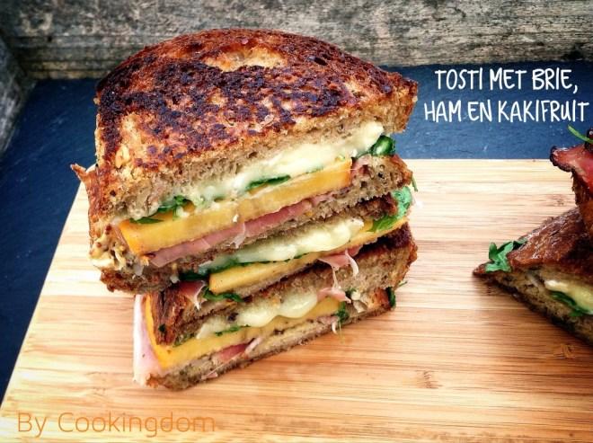 Tosti met brie, ham en kakifruit By Cookingdom