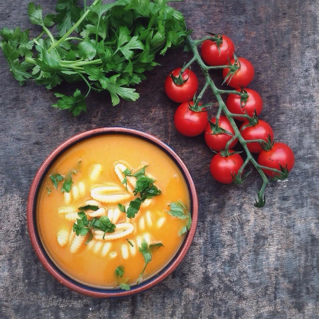 Italiaanse tomatensoep met pasta By Cookingdom
