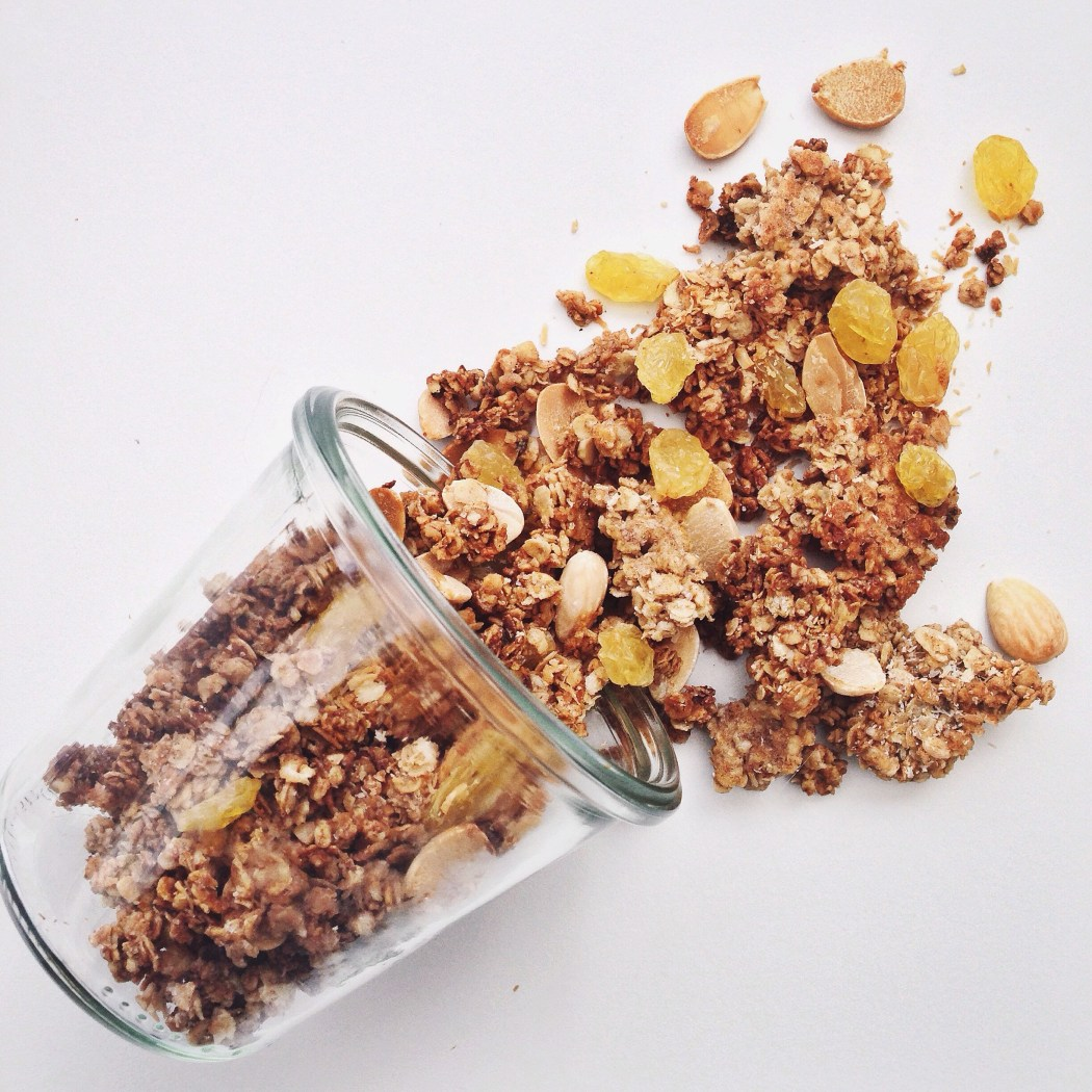 Knapperige granola met eiwit, By Cookingdom